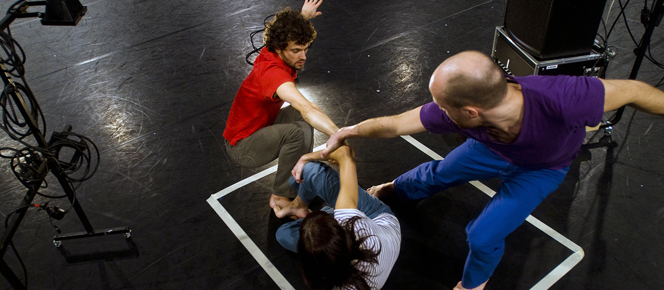 oN|oFF - Compagnie pm – Choregraphe Philippe Menard – Danse Contemporaine Paris - pm Compagny – Choreographer Philippe Menard – Contemporary Dance Paris